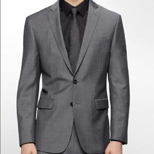 Calvin Klein Men's Suit size 38R